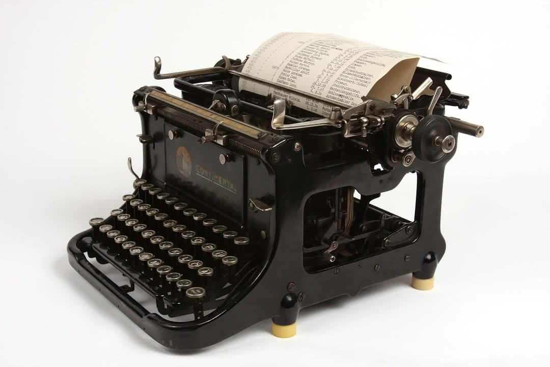 What Is The Old Fashioned Typewriter Font